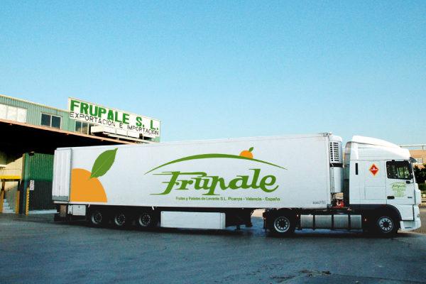 camion_frupale_RET